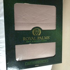 Royal Palms Kings & Queens sheets.